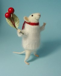 Dry Needle Felted mouse by Mariyana Ninova