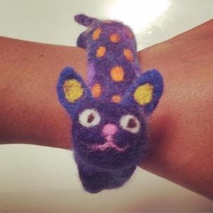 Elaine - Bunting and Pops needle felted cat bracelet